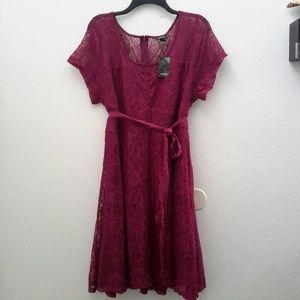 Torrid lace dress, size 20 NWT